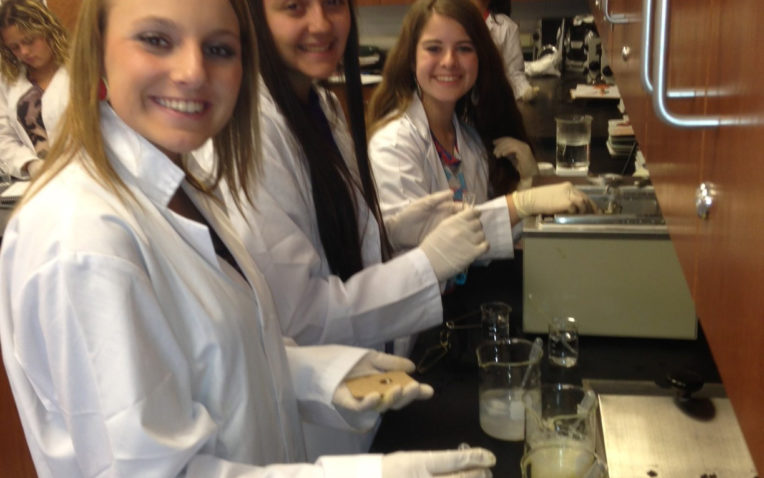 What PLTW Biomedical Science Means to Students and Advisors