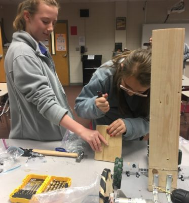 Middle School Students Discover and Explore STEM Interests