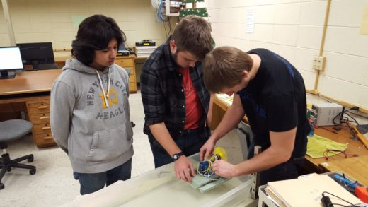Challenging Students to Build Hydrogen Fuel Cell Boats_0720162?mtime=20160824232946 challenging students to build hydrogen fuel cell boats pltw  at gsmportal.co